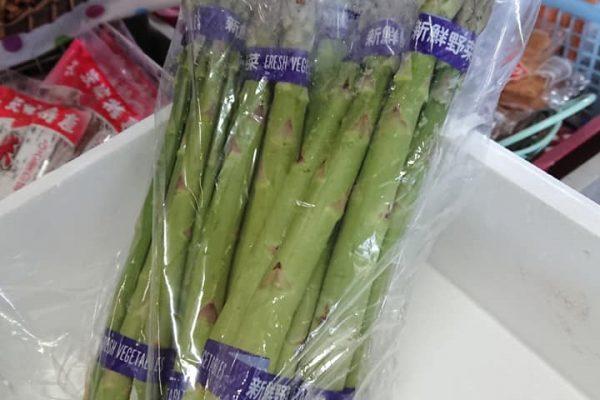 石川商店<br>清水の春を告げるアスパラ入荷